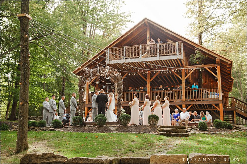 grand barn at the mohicans wedding tiffany murray_0008