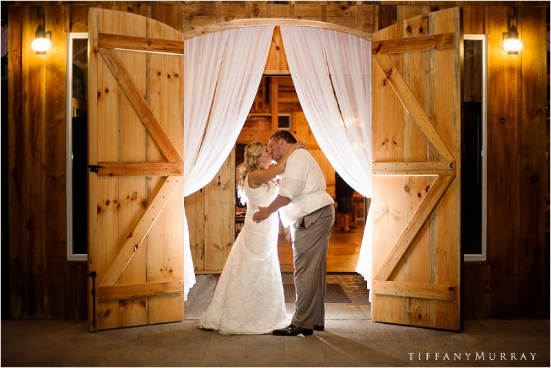 grand barn at the mohicans rustic wedding venue