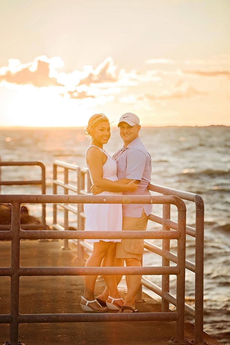 lake-erie-sunset-engagement-sandusky-ohio_0010