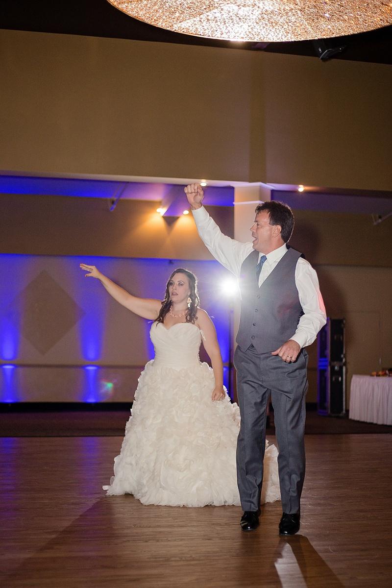 lyman-harbor-starlite-room-wedding-sandusky-ohio_0028