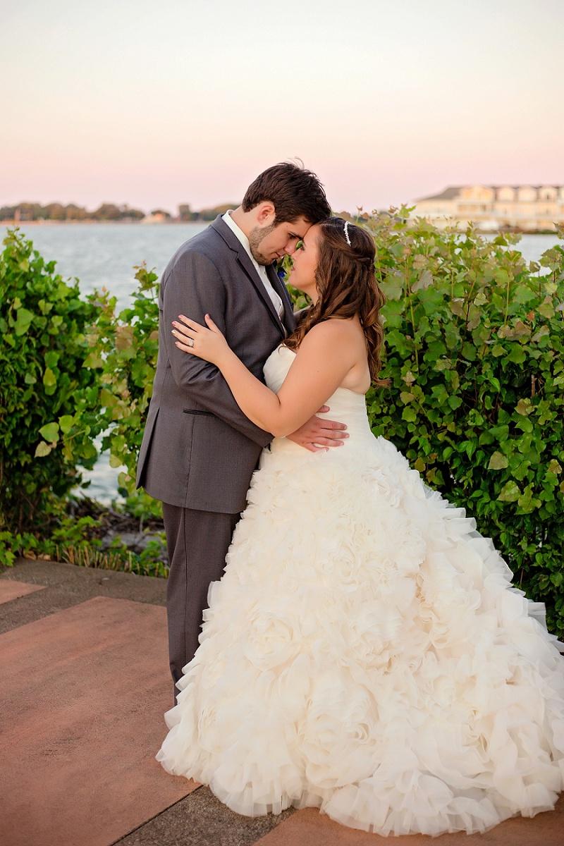lyman-harbor-starlite-room-wedding-sandusky-ohio_0031