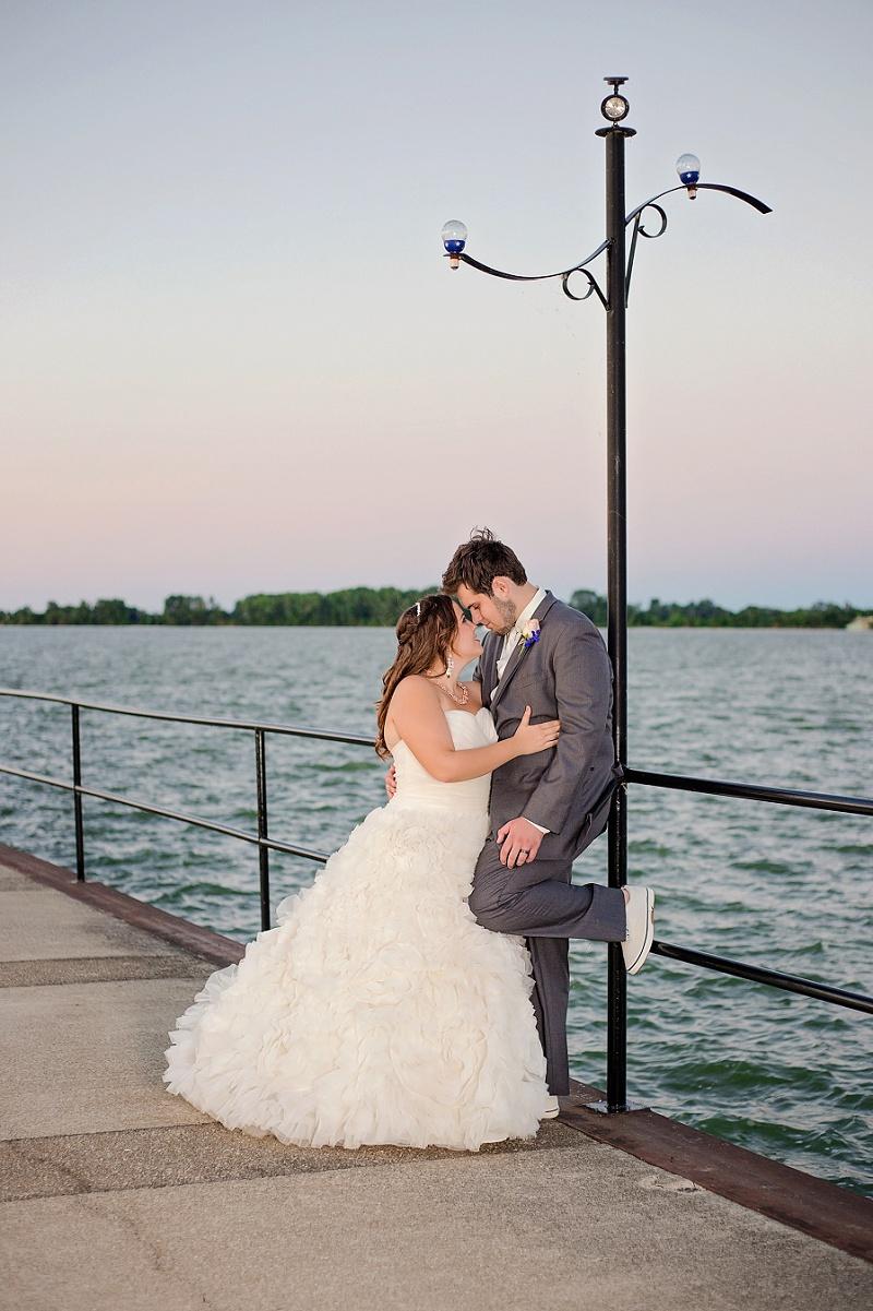 lyman-harbor-starlite-room-wedding-sandusky-ohio_0034