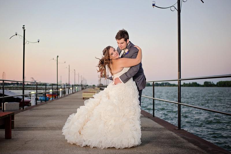 lyman-harbor-starlite-room-wedding-sandusky-ohio_0036