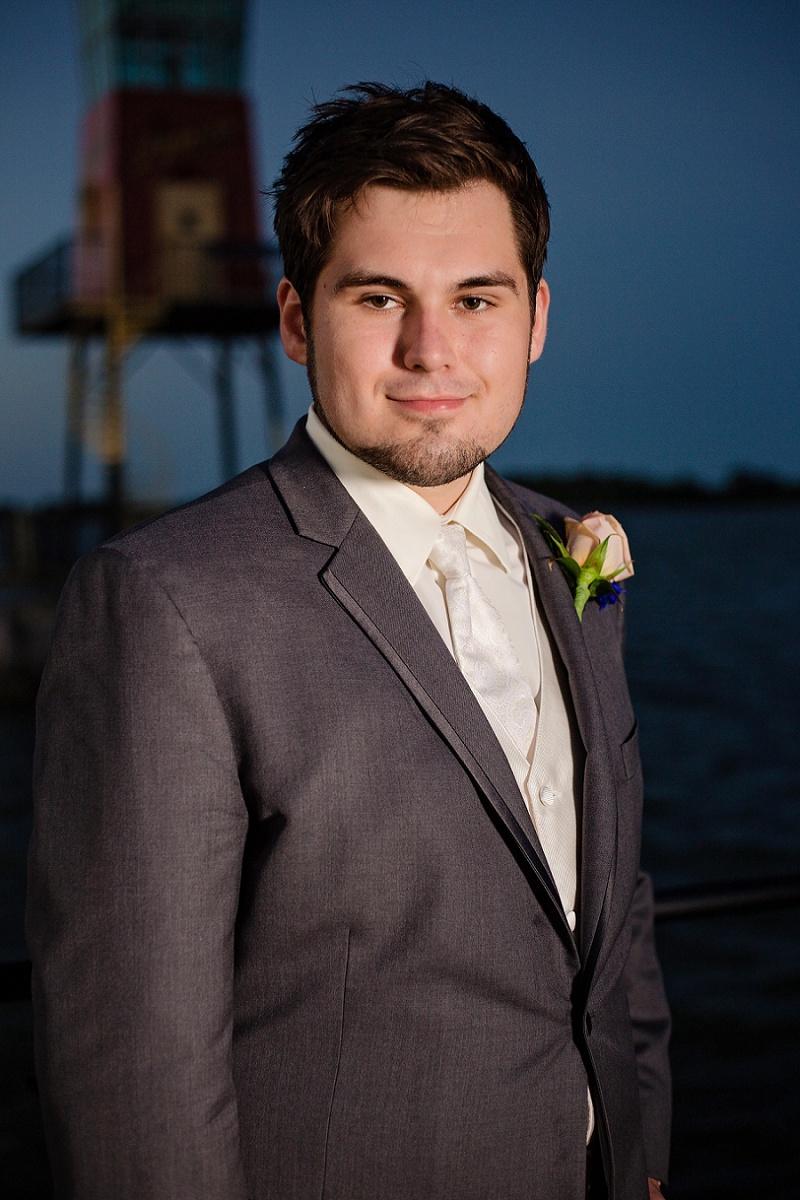 lyman-harbor-starlite-room-wedding-sandusky-ohio_0040