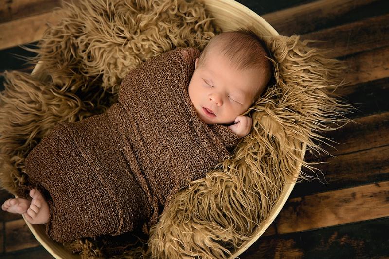 sleeping newborn neutrals