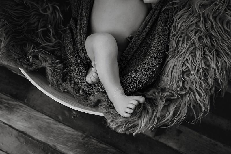 newborn feet black and white