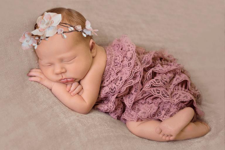 greenwich ohio newborn photographer tiffany murray