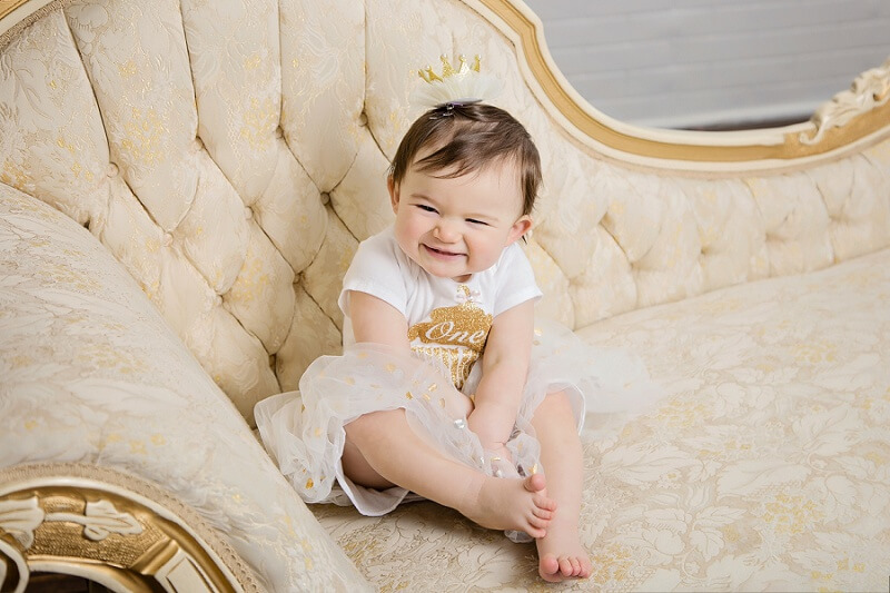 family photos with one year old