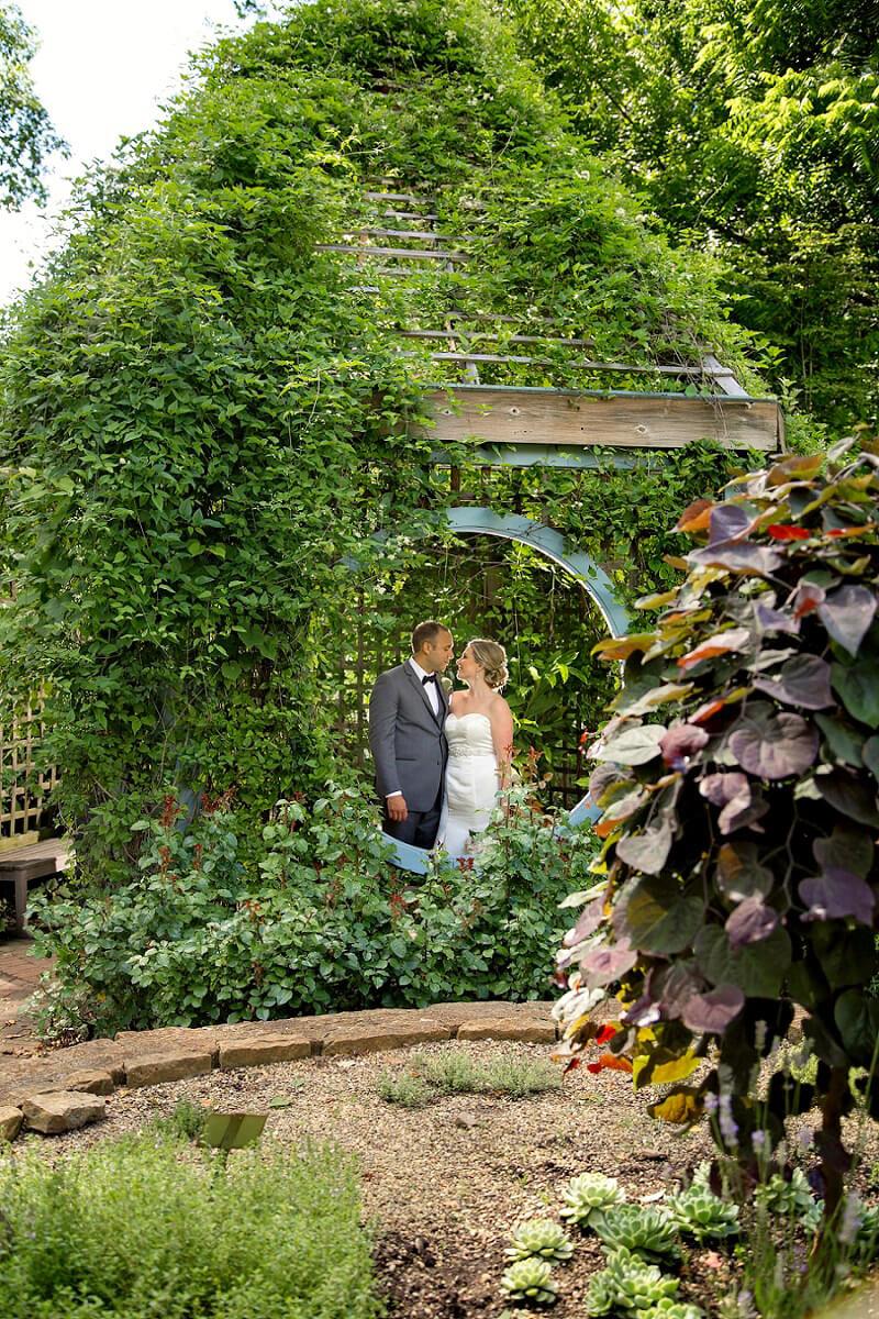 inniswood metro park wedding photographer