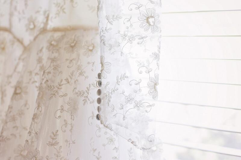 vintage lace wedding dress