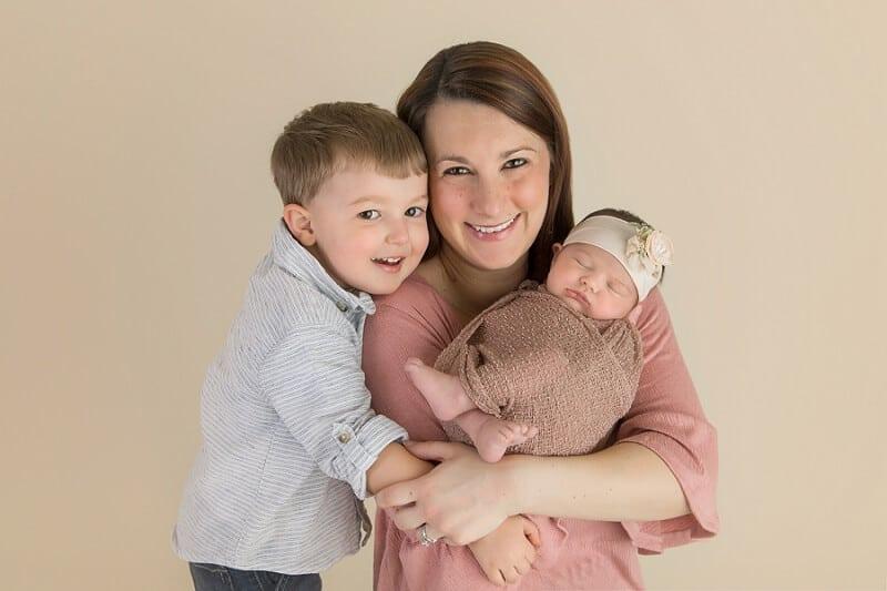 willard ohio family and newborn photographer