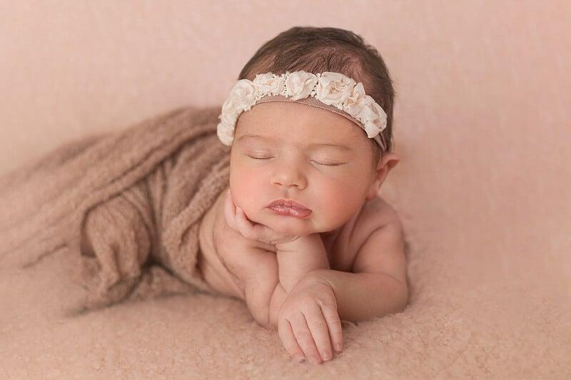 willard ohio newborn photographer