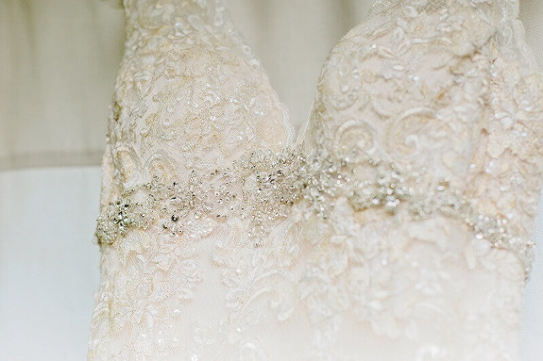 lace bridal gown details tiffany murray photography