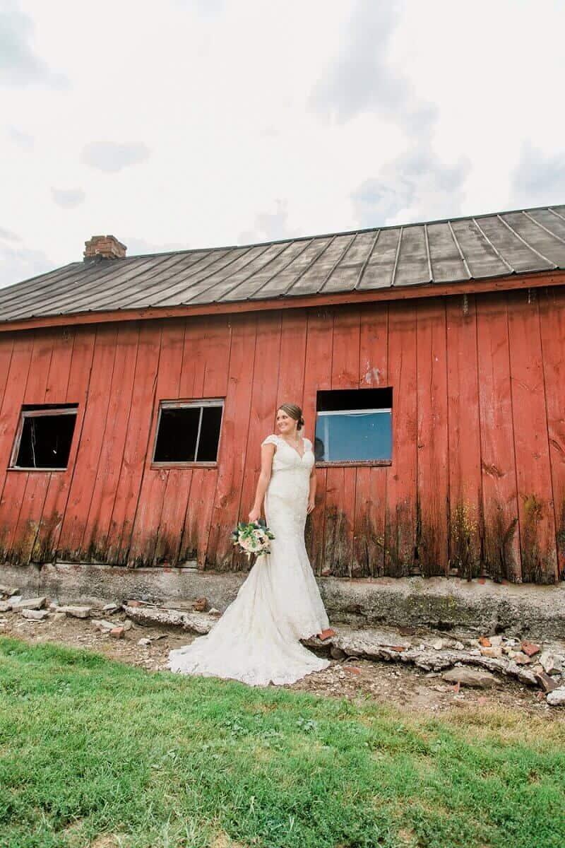 rustic wedding willard ohio photographer tiffany murray