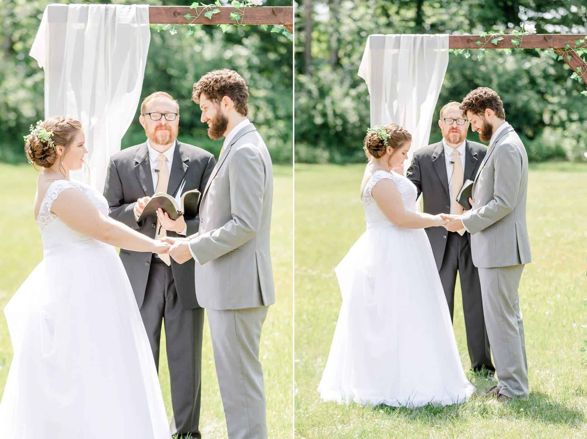backyard wedding ceremony mansfield ohio photographer tiffany murray