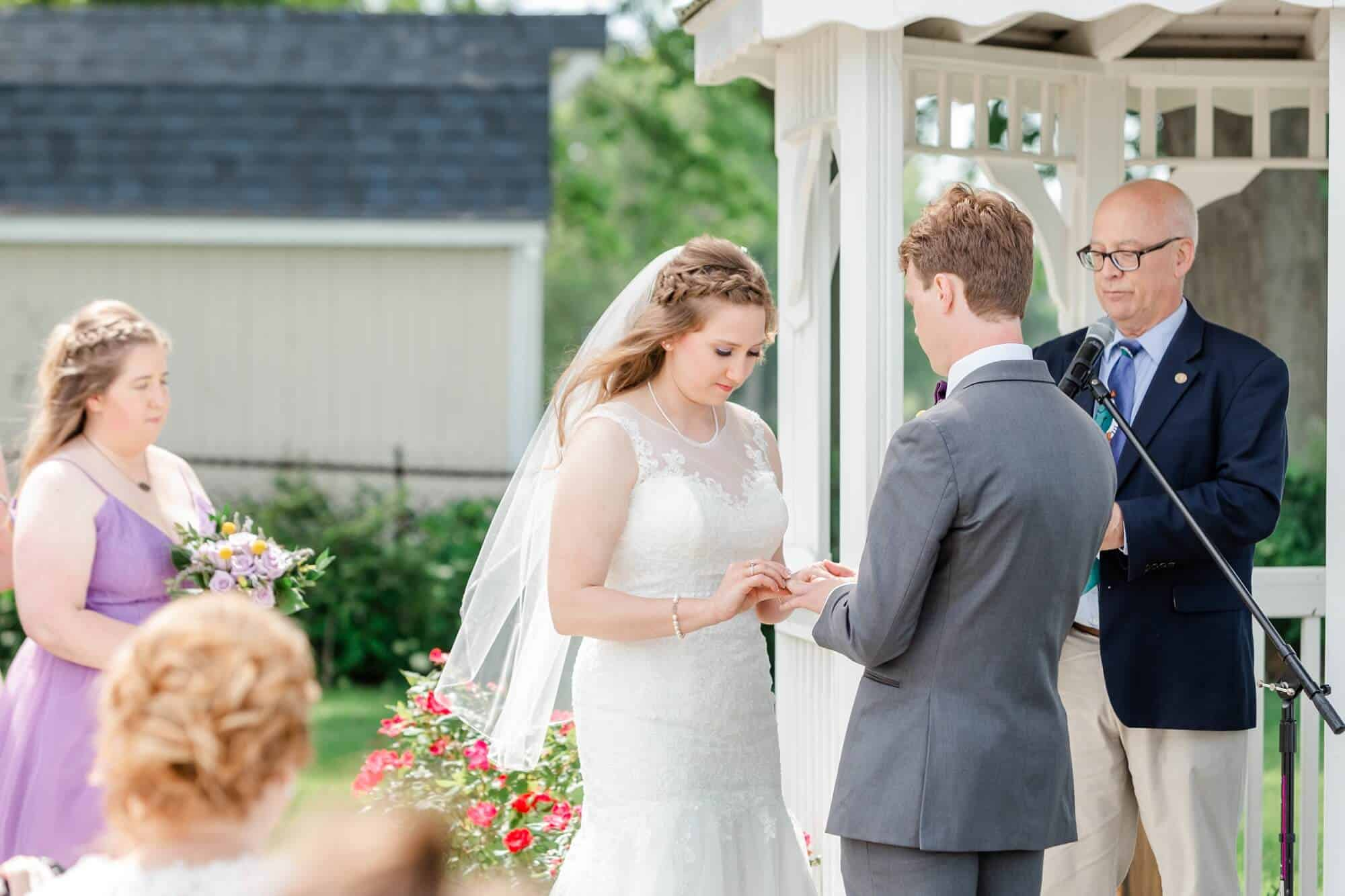 vermilion on the lake wedding photographer tiffany murray