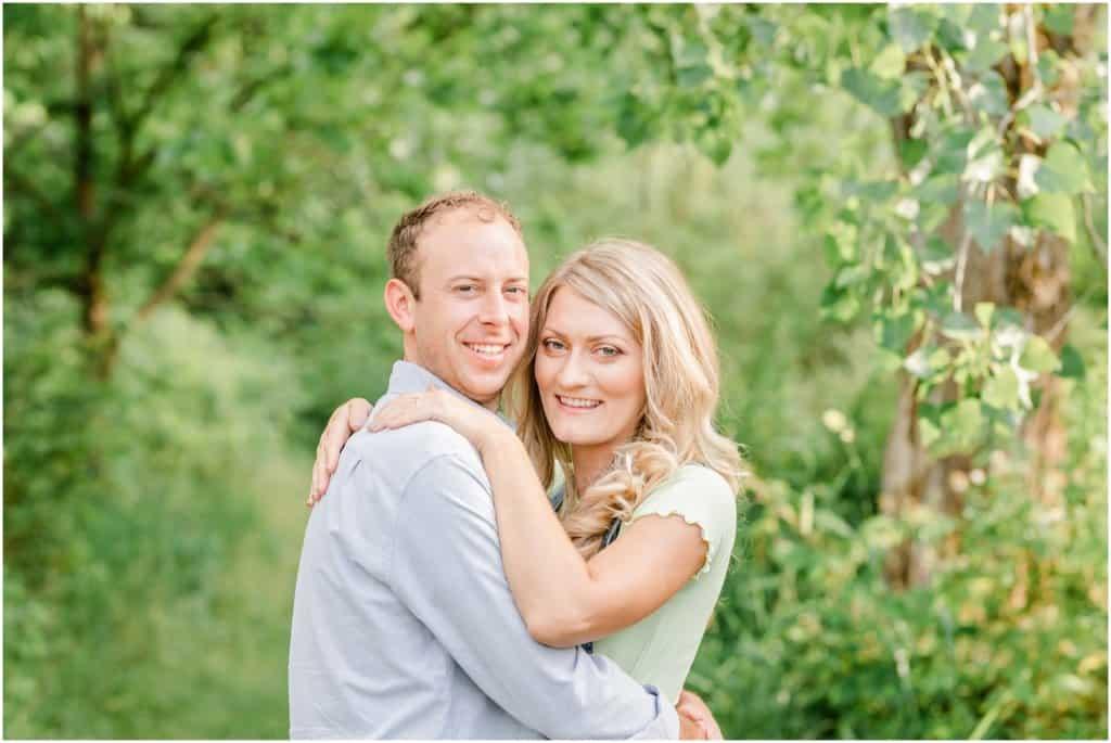 summer engagement session ohio wedding photographer tiffany murray