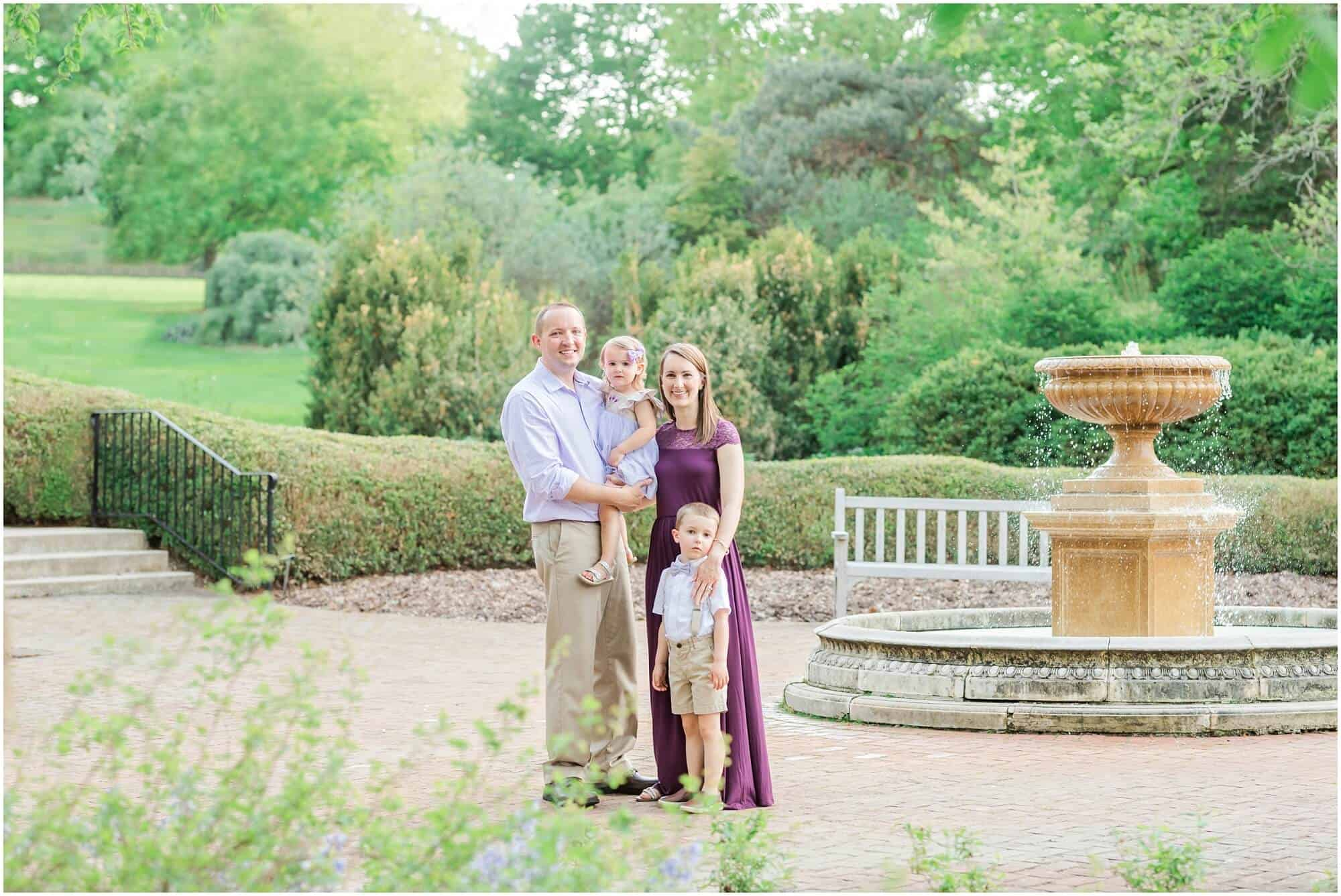family photos at kingwood center mansfield ohio photographer
