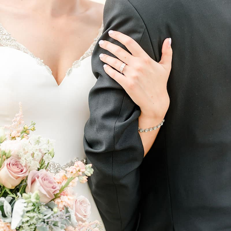 sandusky norwalk mansfield medina ashland ohio wedding photographer tiffany murray