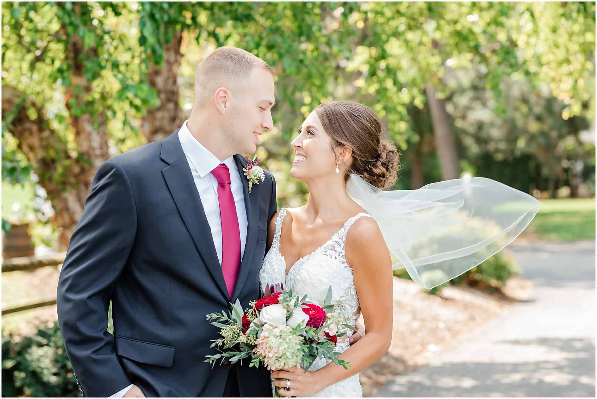 late summer wedding at millsite lodge by tiffany murray