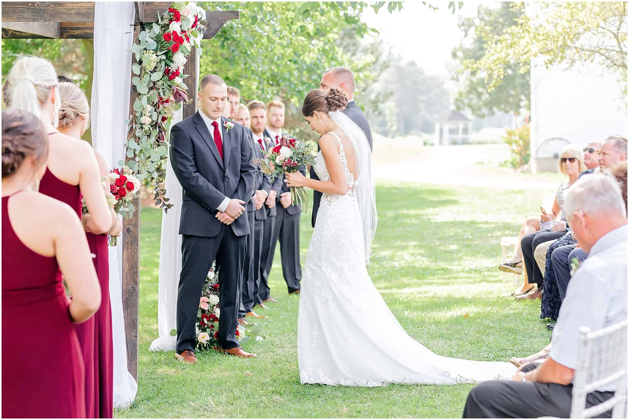 summer wedding ceremony at millsite lodge by tiffany murray