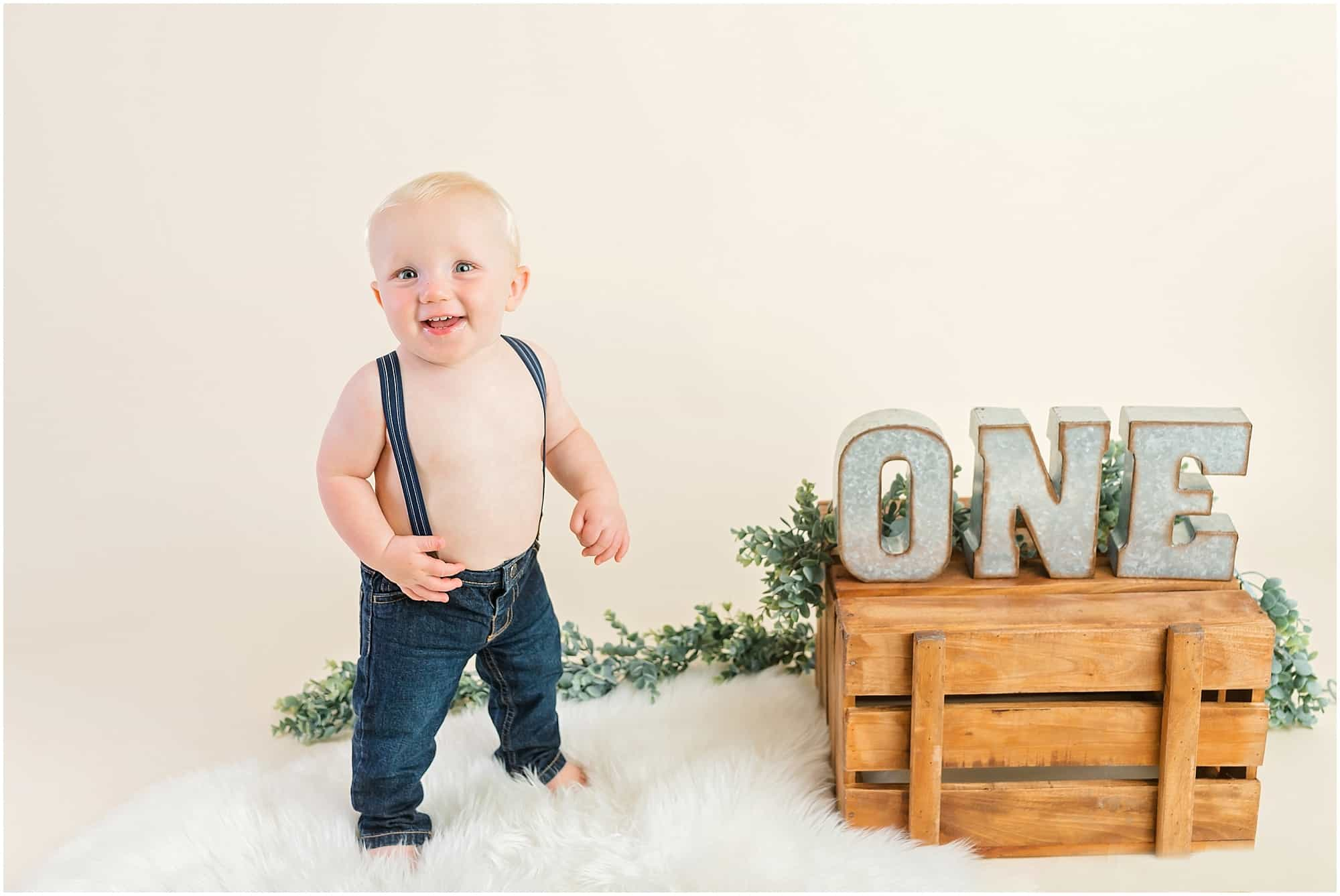 one year old boy photo session in studio