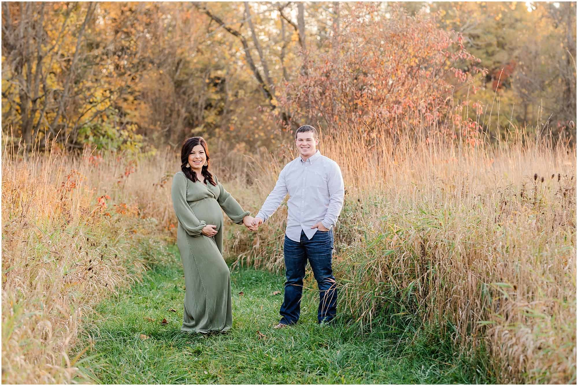 fall pine hill maternity session