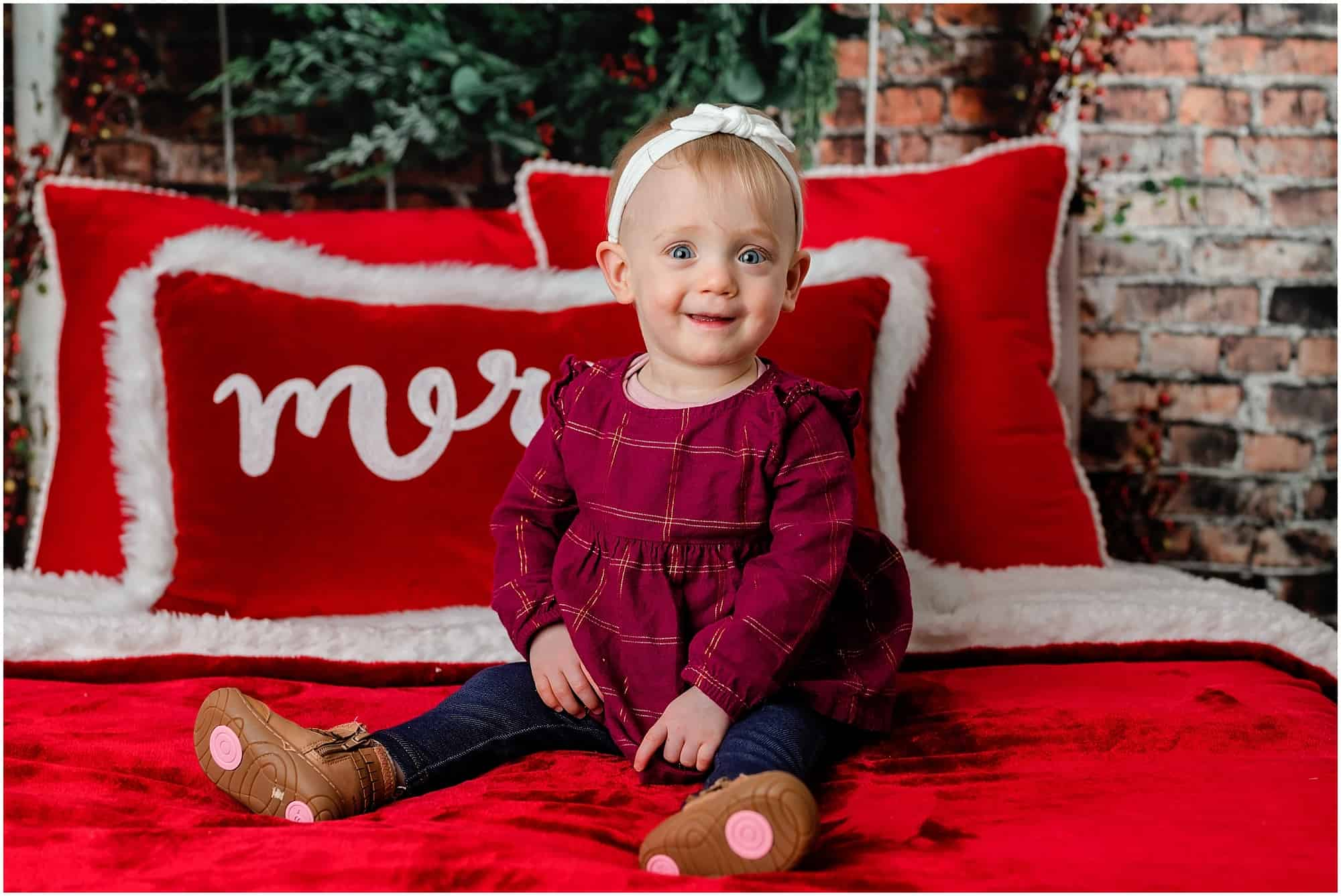 little girl christmas portraits